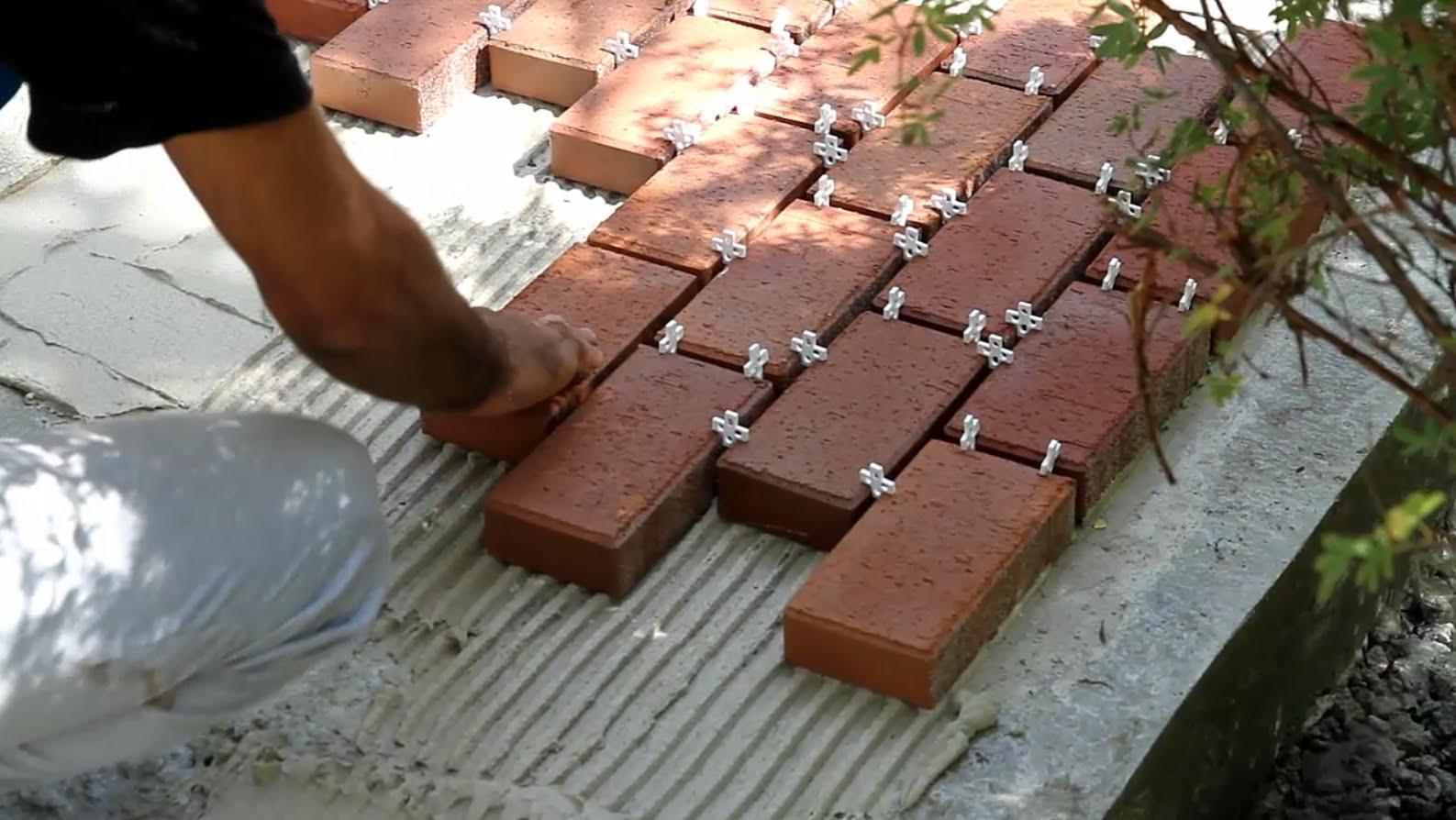 Расход цементно-песчаной смеси (ЦПС) на 1 м2 под брусчатку и тротуарную плитку