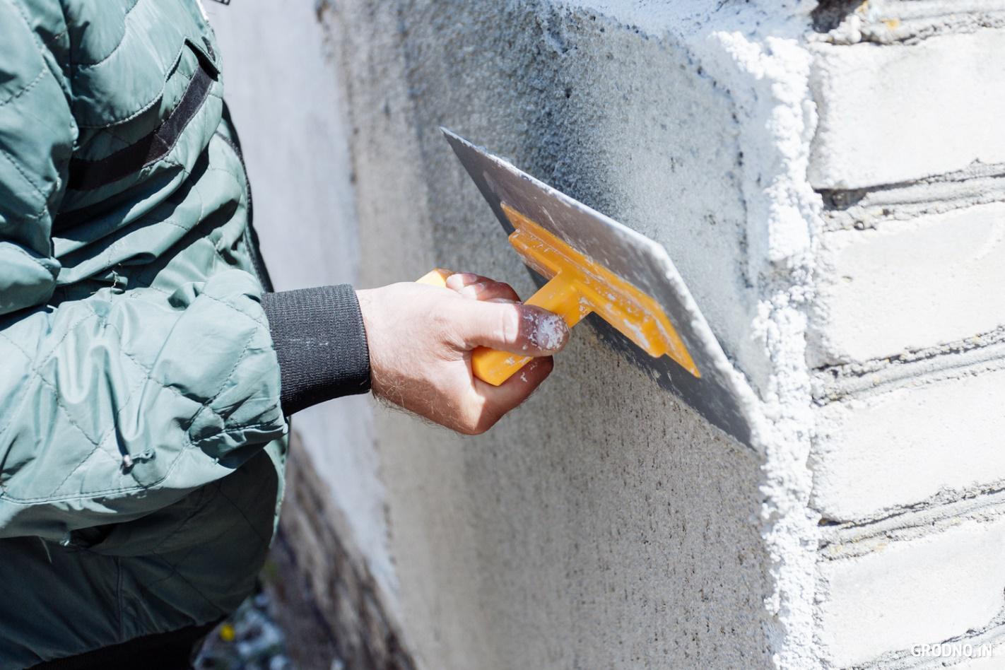 Теплая перлитовая штукатурка для фасадных работ