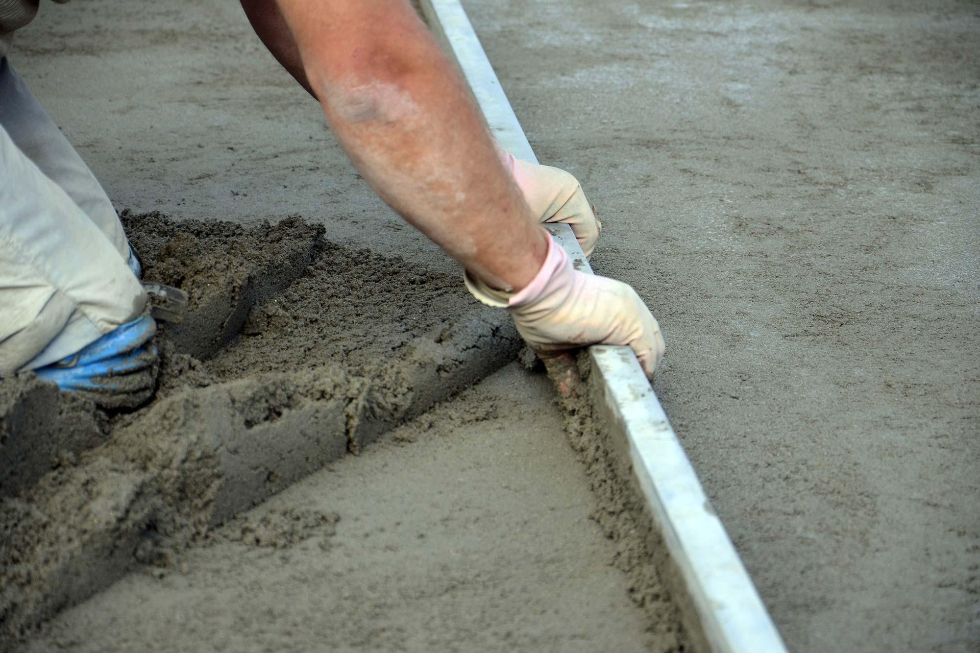 Расход цементно-песчаной смеси на 1 м2